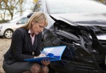 Wypadek w wynajętym samochodzie. Zasady postępowania