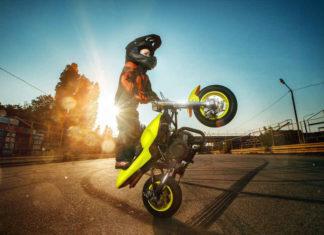 Kaski motocyklowe dziecięce – co kupić